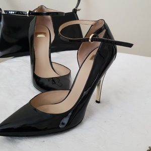 The Perfect Sexy Heels: Guess by Marciano